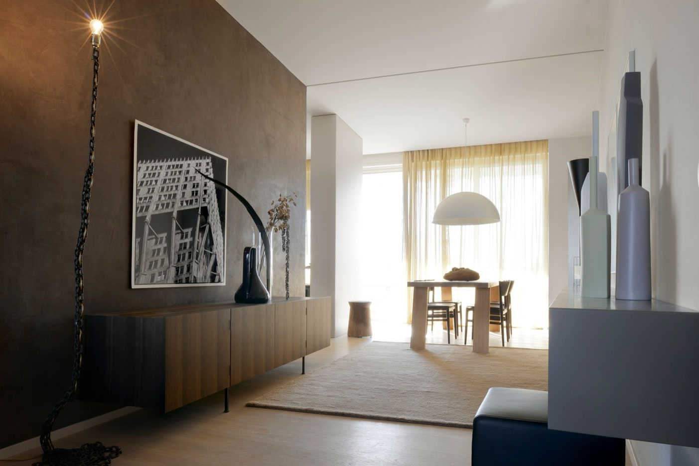 Gli arredi porro negli appartamenti campione di interni for Interni di appartamenti