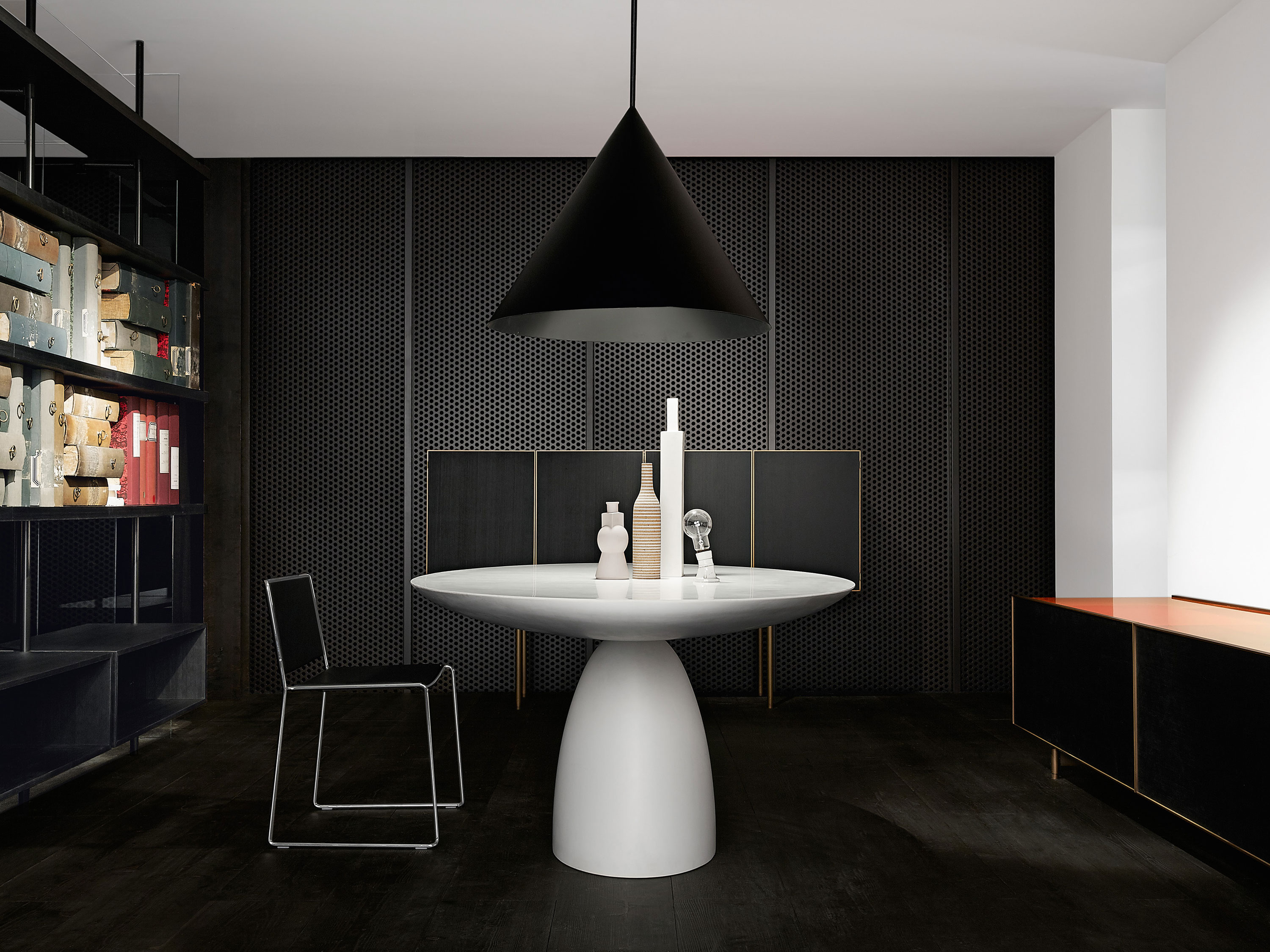 Porro, image:prodotti - Porro Spa - Ellipse Table